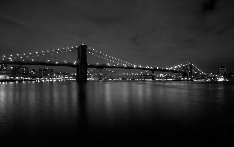 The monochromatic Brooklyn Bridge