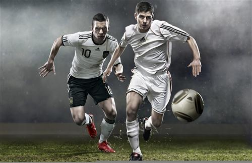 3D Football Players Play Game